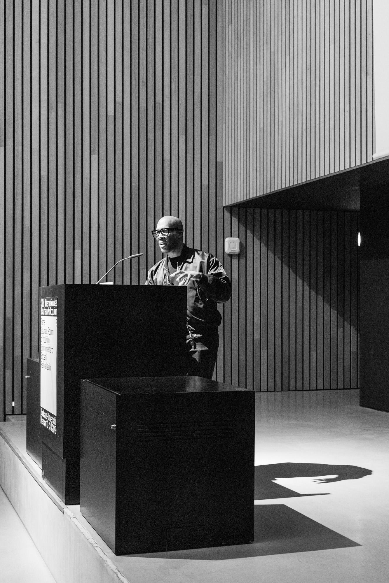 Marquise Stillwell. Fotografen: Samuel Solazzo, Jannis Uffrecht, Philipp Niemeyer