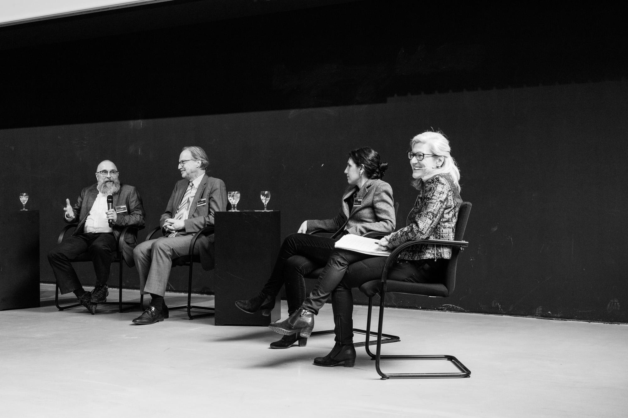 Diskussion Sektion 3. Fotografen: Samuel Solazzo, Jannis Uffrecht, Philipp Niemeyer