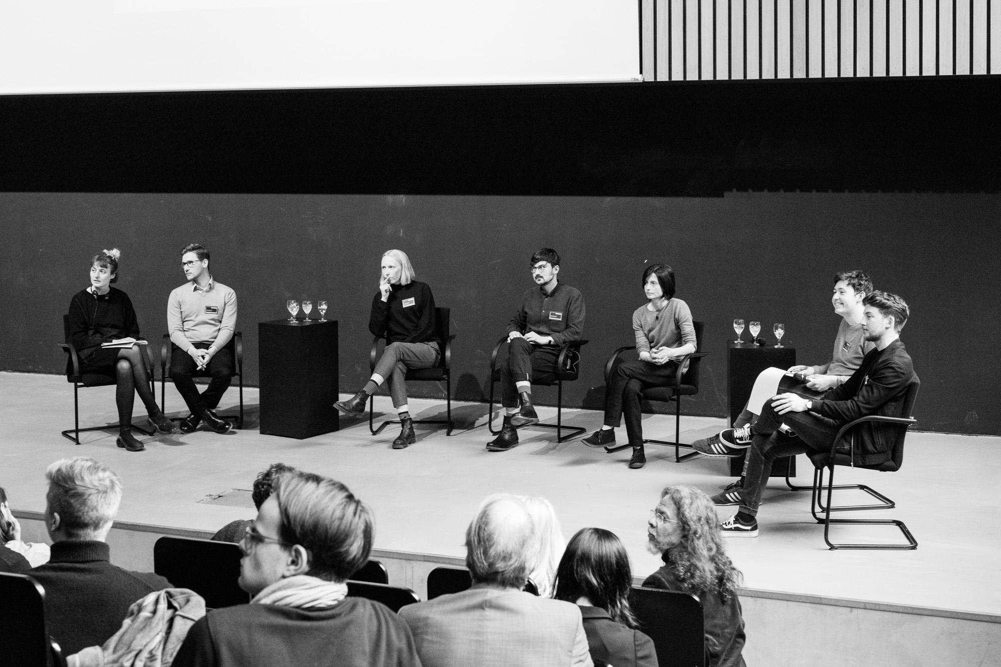 Diskussion Sektion 4. Fotografen: Samuel Solazzo, Jannis Uffrecht, Philipp Niemeyer