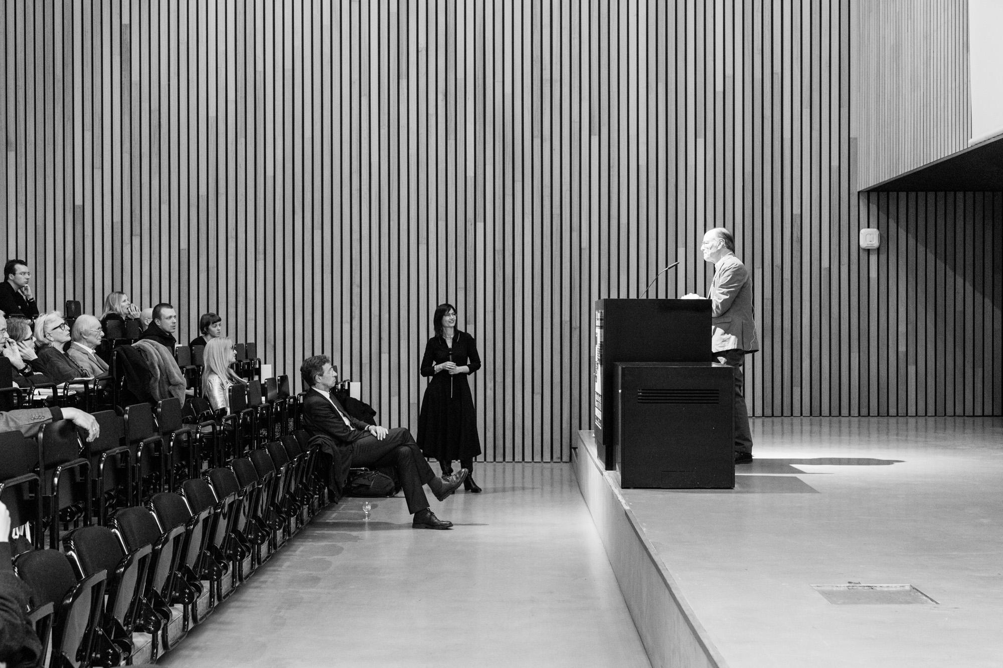 Keynote von Stephen Kern. Fotografen: Samuel Solazzo, Jannis Uffrecht, Philipp Niemeyer