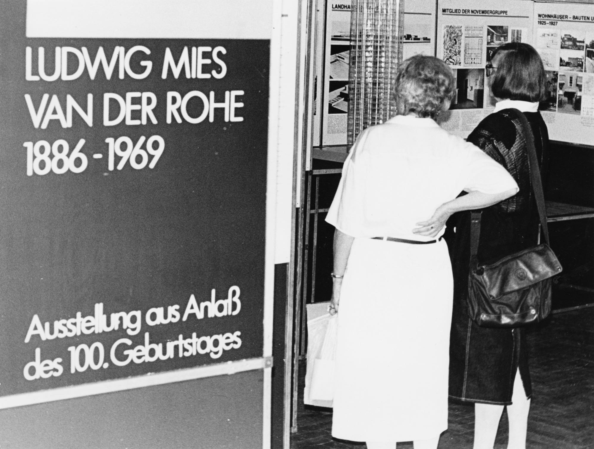 © Archiv der Moderne